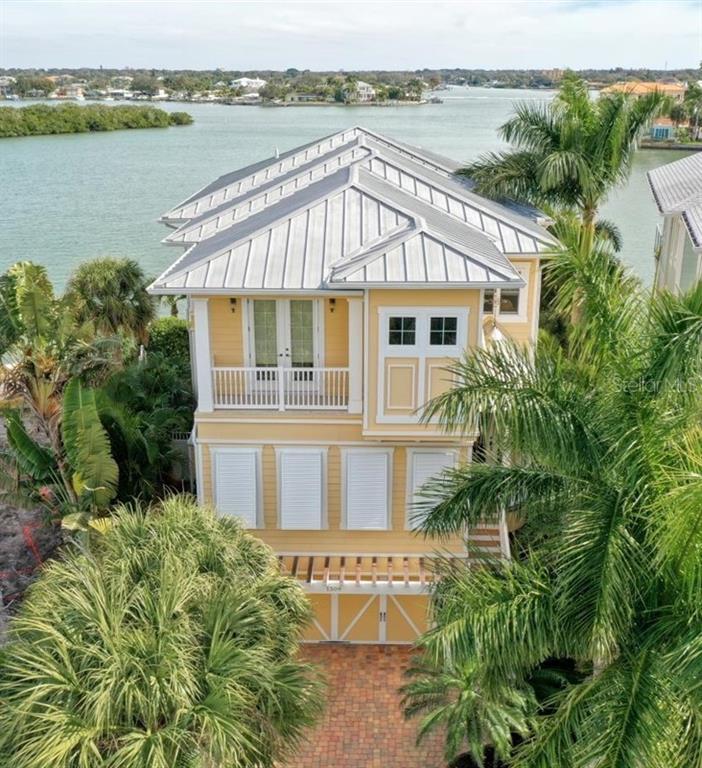1509 BAYSHORE BLVD Property Photo - INDIAN ROCKS BEACH, FL real estate listing