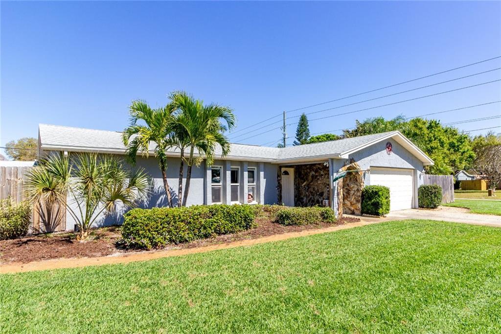 6201 43RD TER N, KENNETH CITY, FL 33709 - KENNETH CITY, FL real estate listing