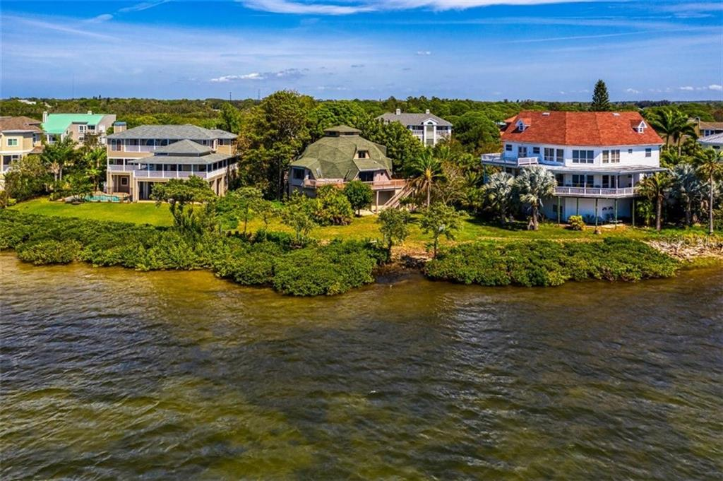 1074 POINT SEASIDE DR Property Photo - CRYSTAL BEACH, FL real estate listing