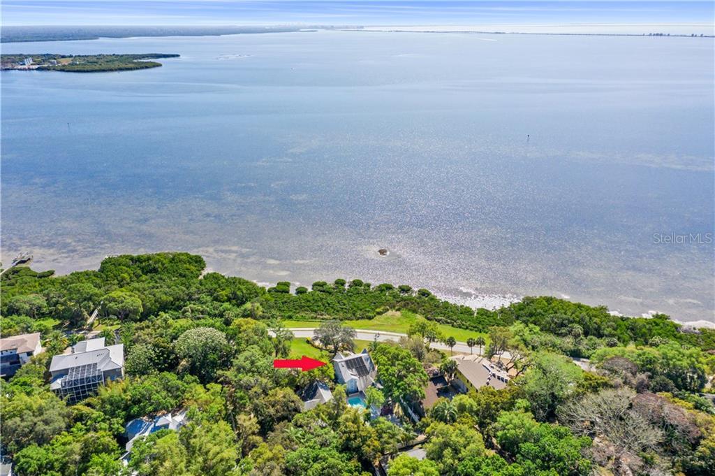 1205 N Bayshore Dr Property Photo