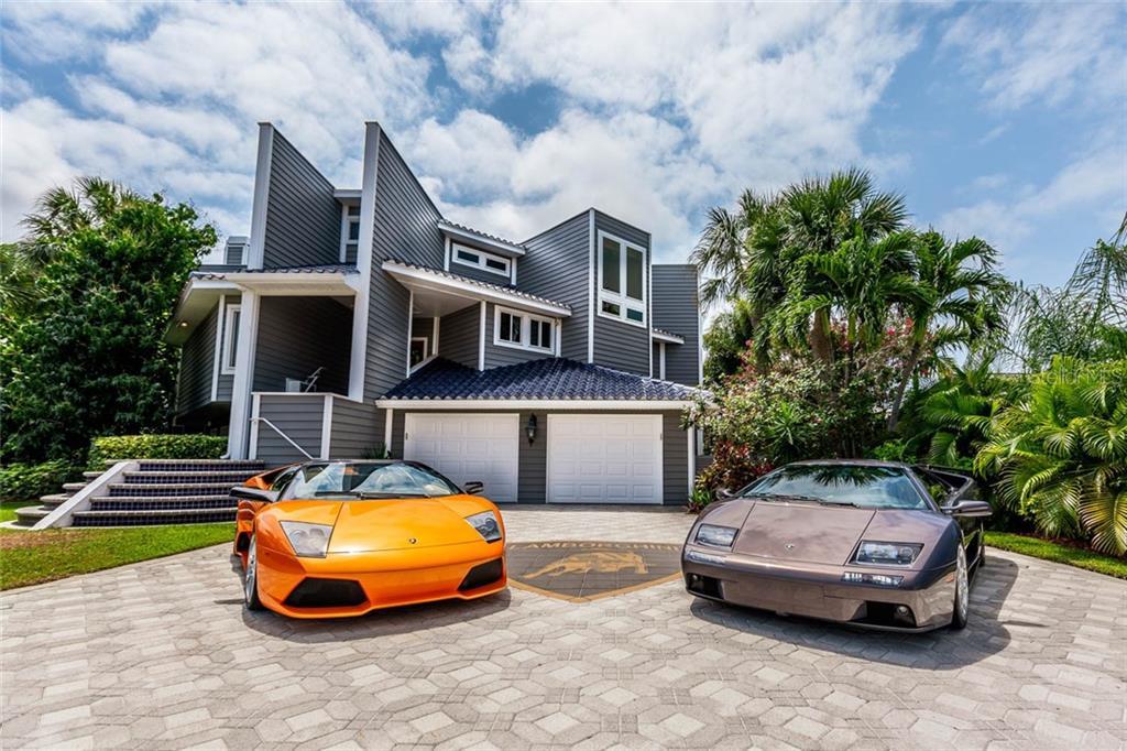 104 9TH ST E Property Photo - TIERRA VERDE, FL real estate listing