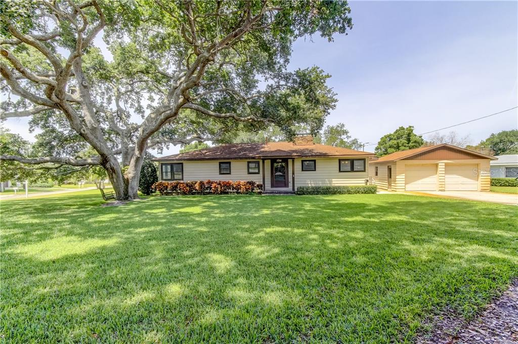 3001 RENATTA DR Property Photo - BELLEAIR BLUFFS, FL real estate listing