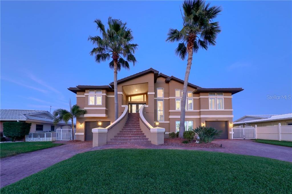 514 HARBOR DR N Property Photo - INDIAN ROCKS BEACH, FL real estate listing