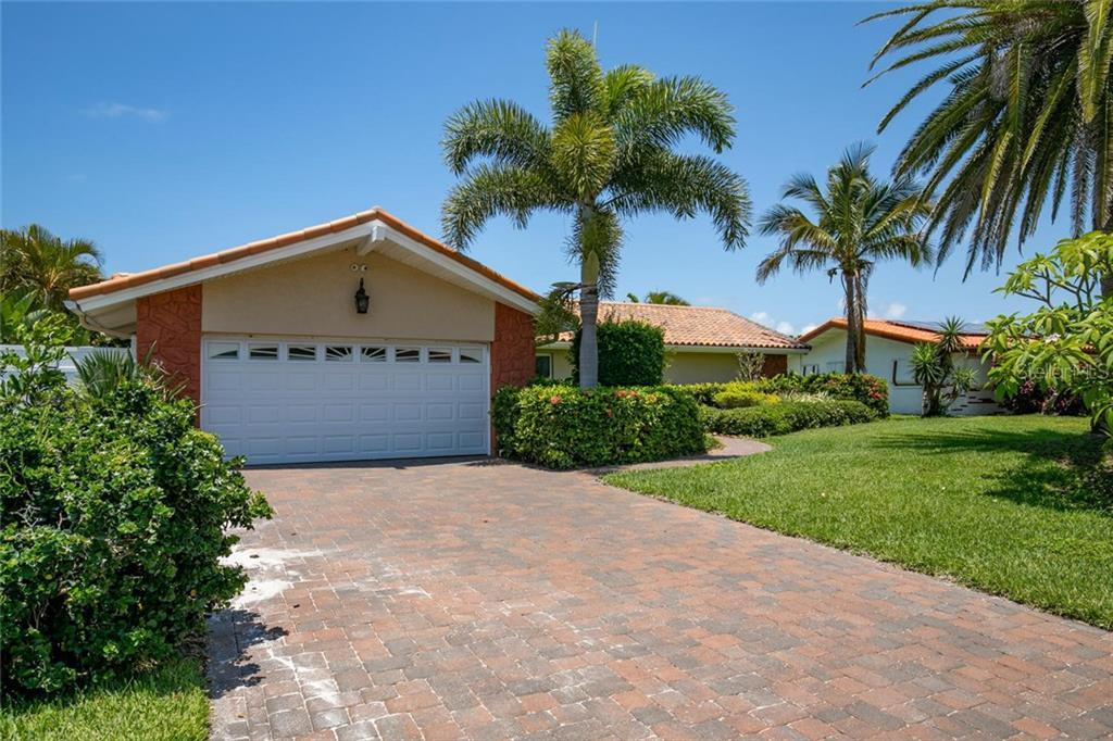 2238 DONATO DR Property Photo - BELLEAIR BEACH, FL real estate listing