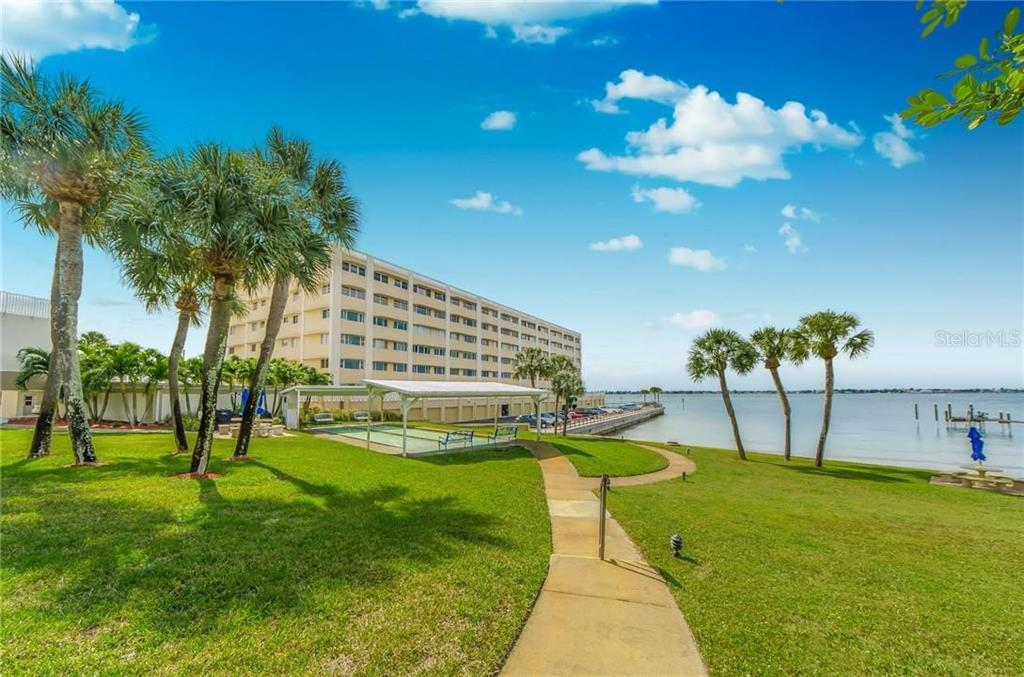 100 Bluff View Dr #412c Property Photo
