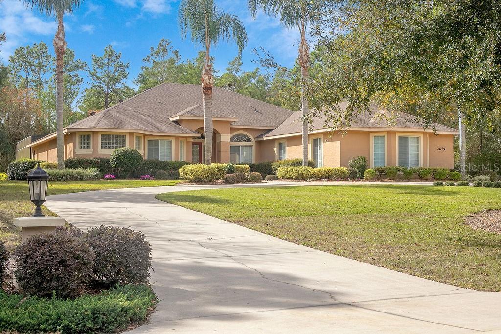 2679 Winnemissett Oaks Dr Property Photo
