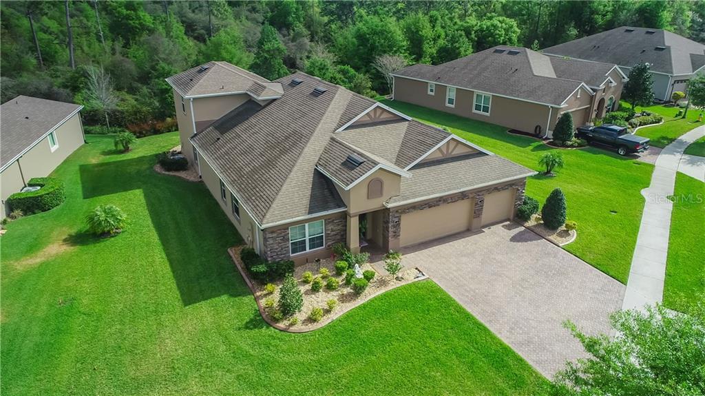 1700 Blue Grass Blvd Property Photo