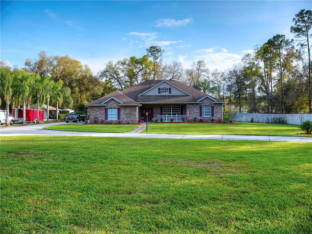 953 Glenwood Rd Property Photo