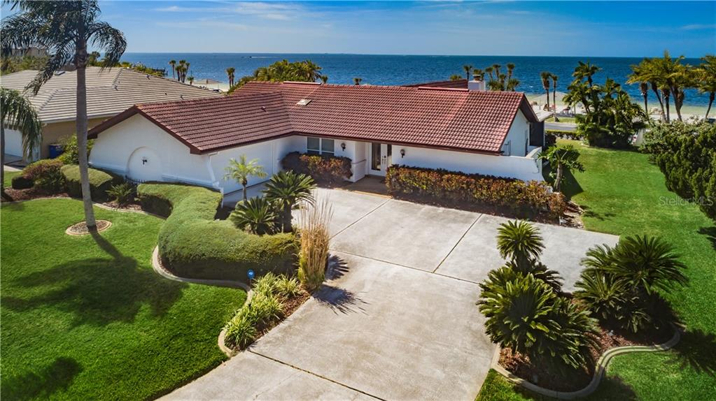 5421 West Shore Dr Property Photo