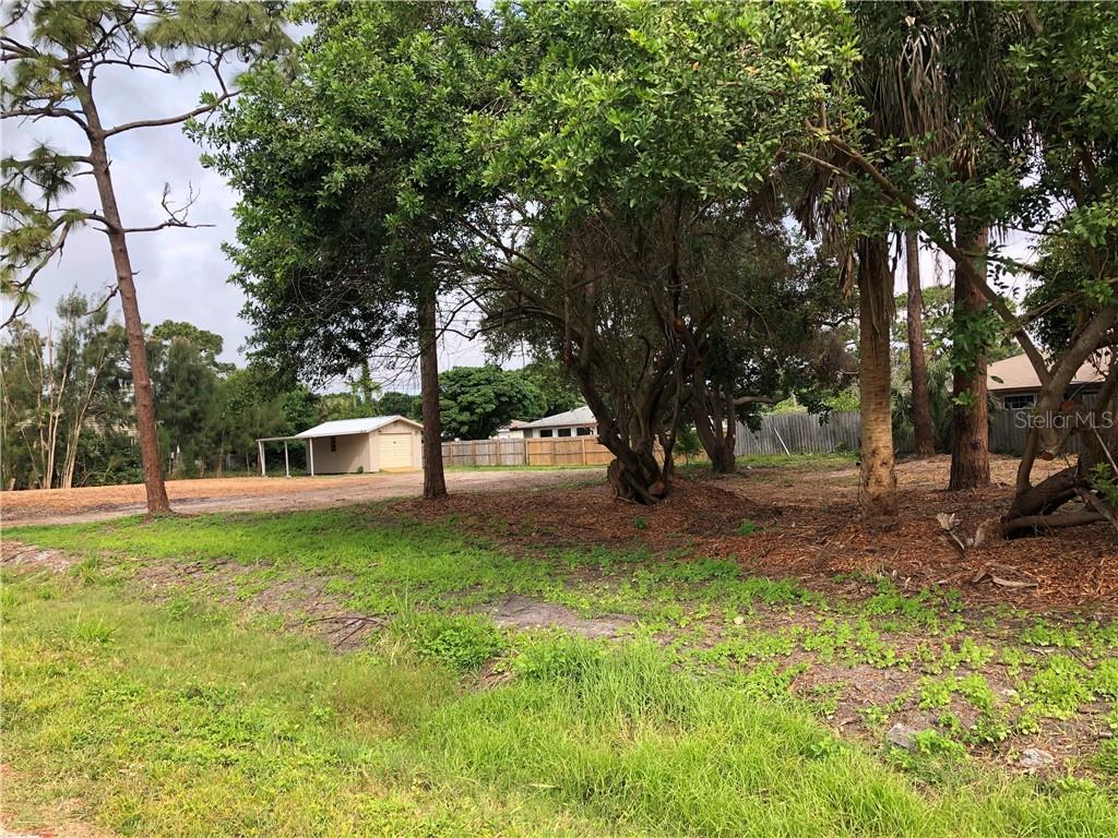 Darwin Road Property Photo