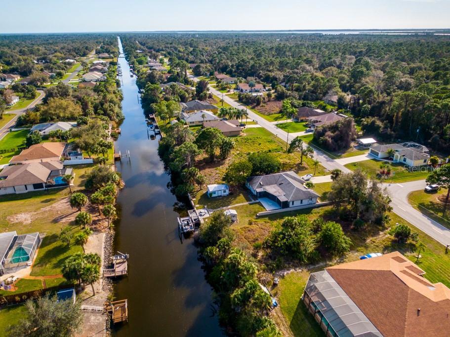 2306 COMO STREET Property Photo - PORT CHARLOTTE, FL real estate listing
