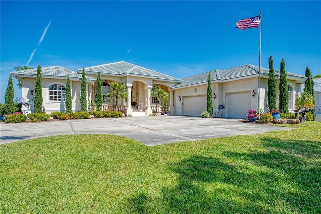 444 BAYSHORE DRIVE Property Photo - VENICE, FL real estate listing