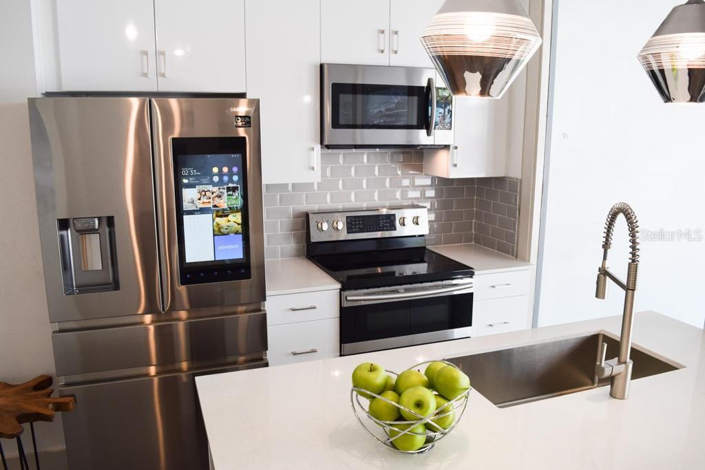332 COCOANUT AVENUE #507 Property Photo - SARASOTA, FL real estate listing