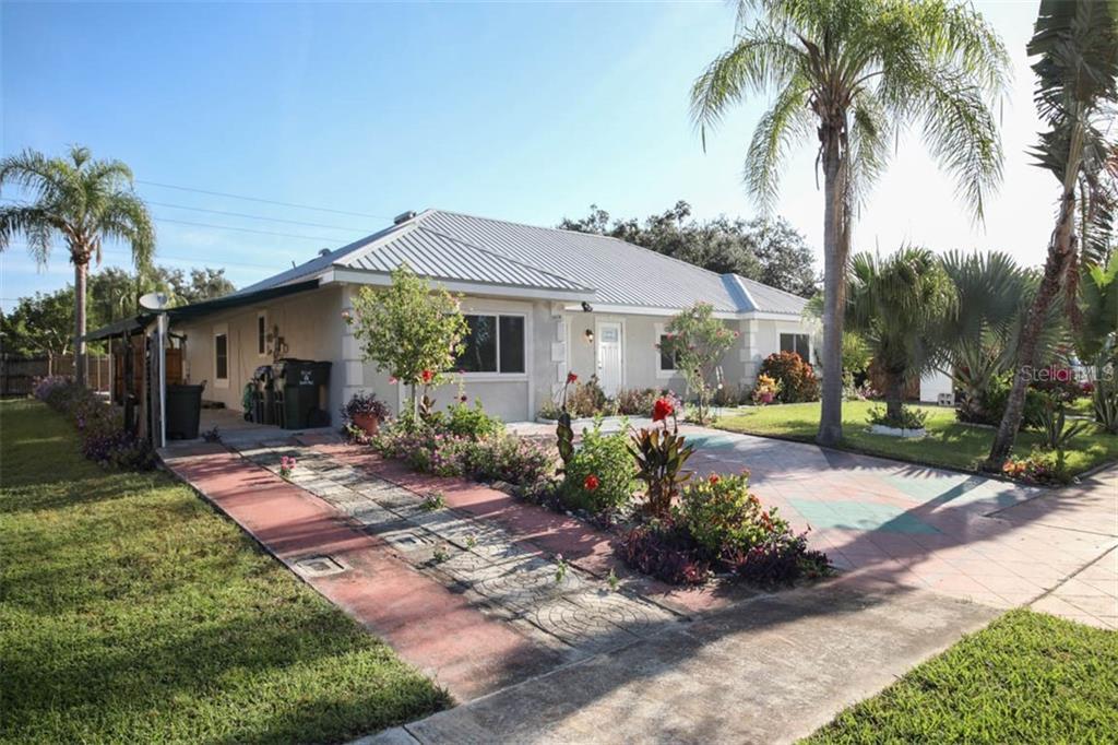 6638 KENWOOD DR Property Photo - NORTH PORT, FL real estate listing
