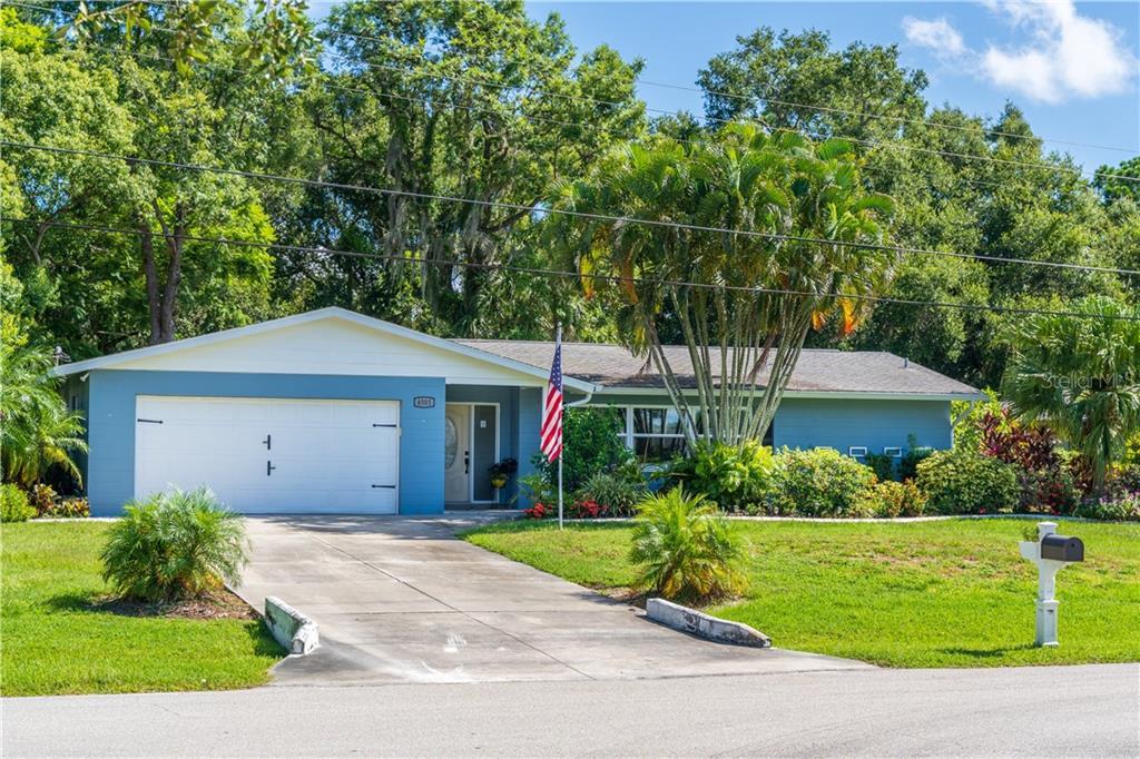 4501 N LAKE DR Property Photo - SARASOTA, FL real estate listing