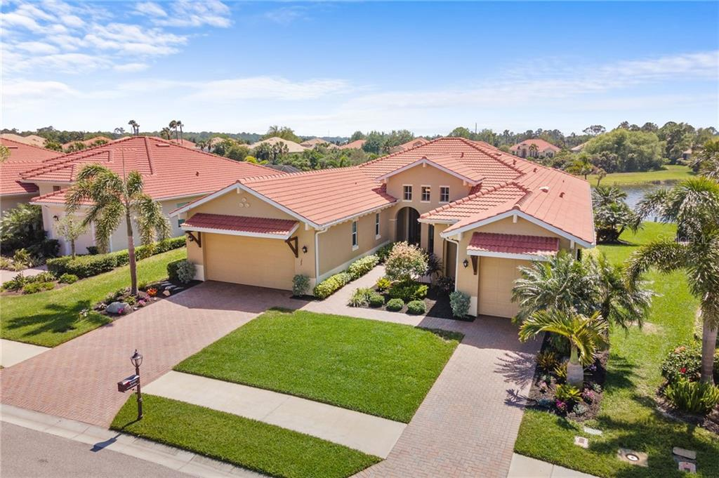 172 VALENZA LOOP Property Photo - NORTH VENICE, FL real estate listing