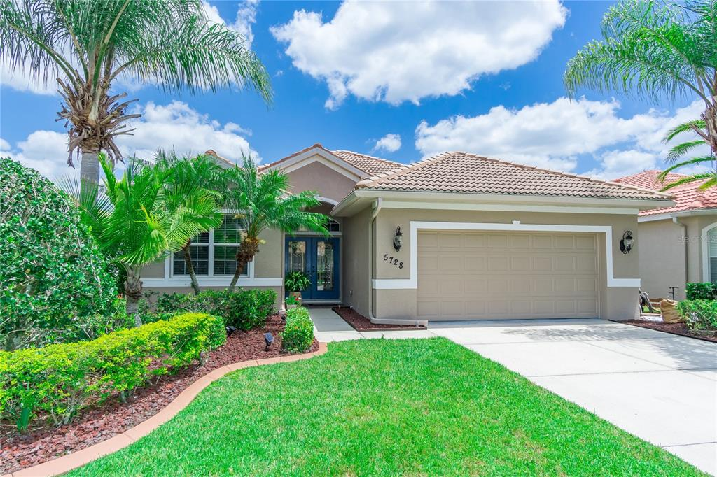 5728 Whispering Oaks Drive Property Photo