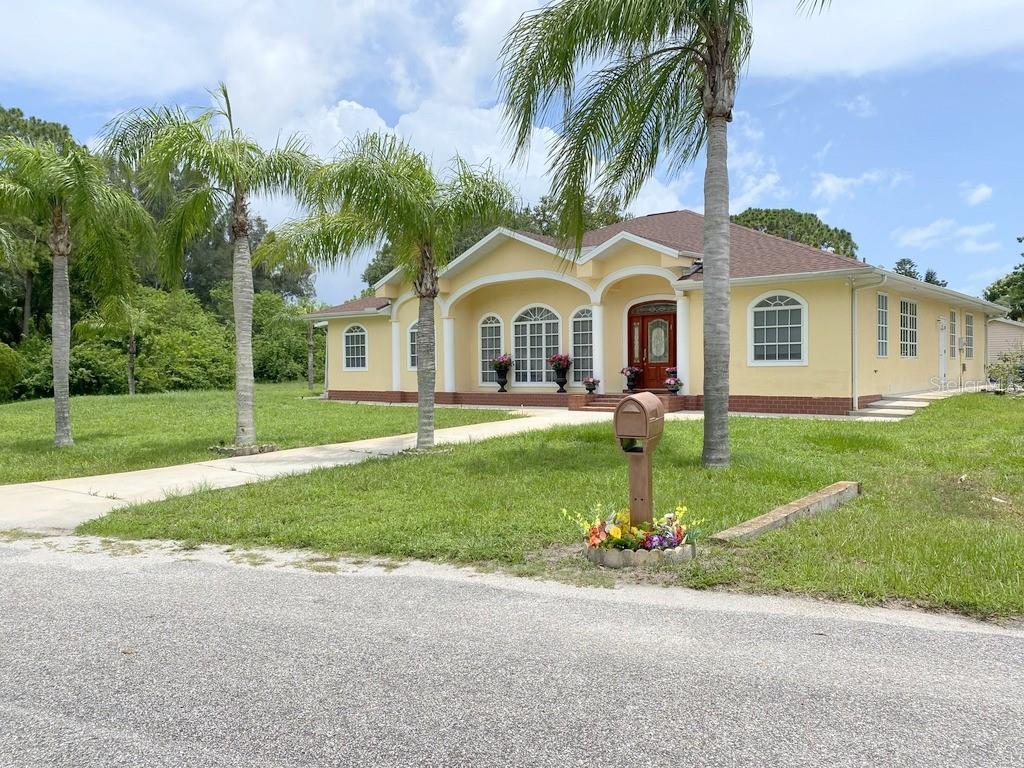 12209 Cotorro Avenue Property Photo
