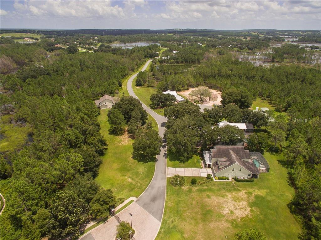 402 LONG AND WINDING RD Property Photo
