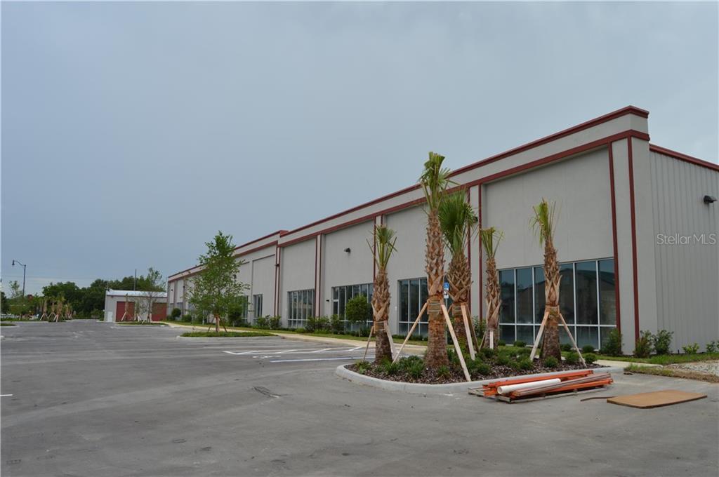 105 PARK CENTER STREET #104 Property Photo - LEESBURG, FL real estate listing