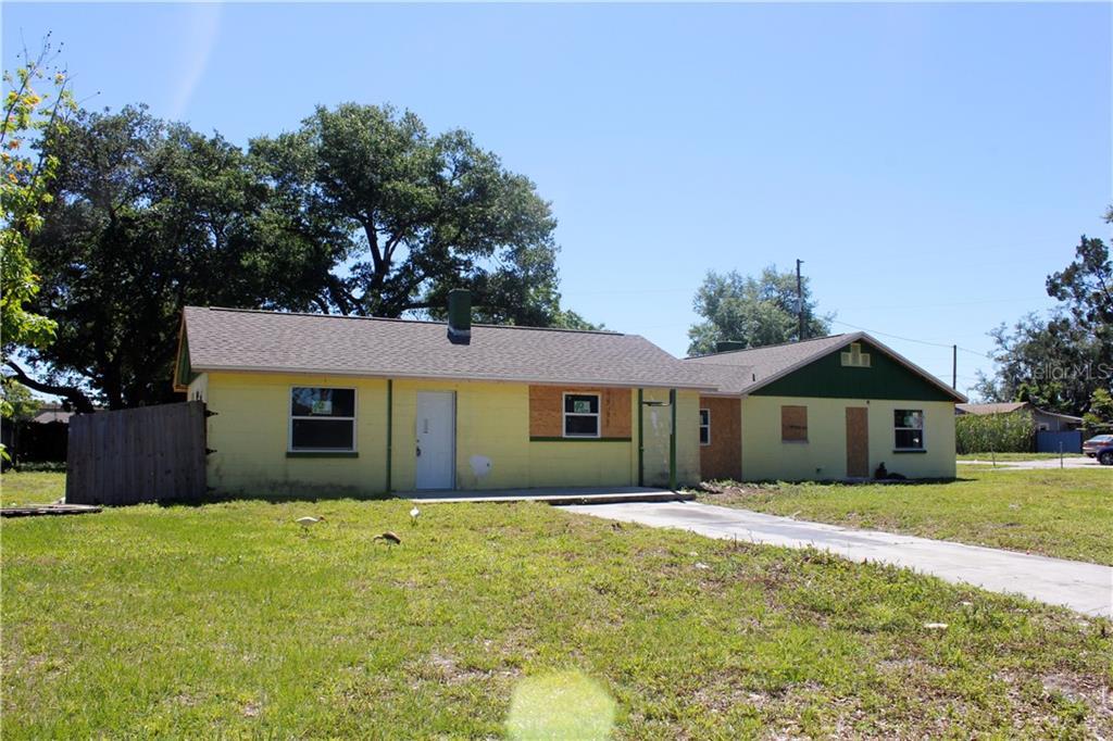 2903 OAK LN Property Photo - FERN PARK, FL real estate listing