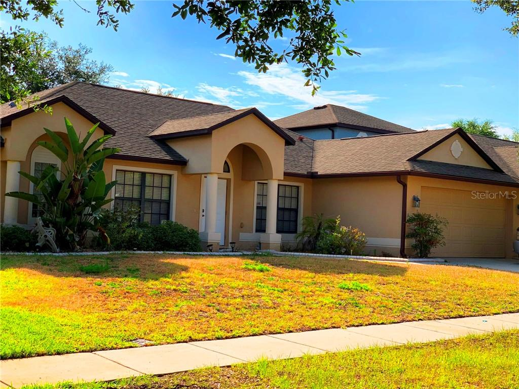 1053 NATURAL OAKS DR Property Photo - ORANGE CITY, FL real estate listing