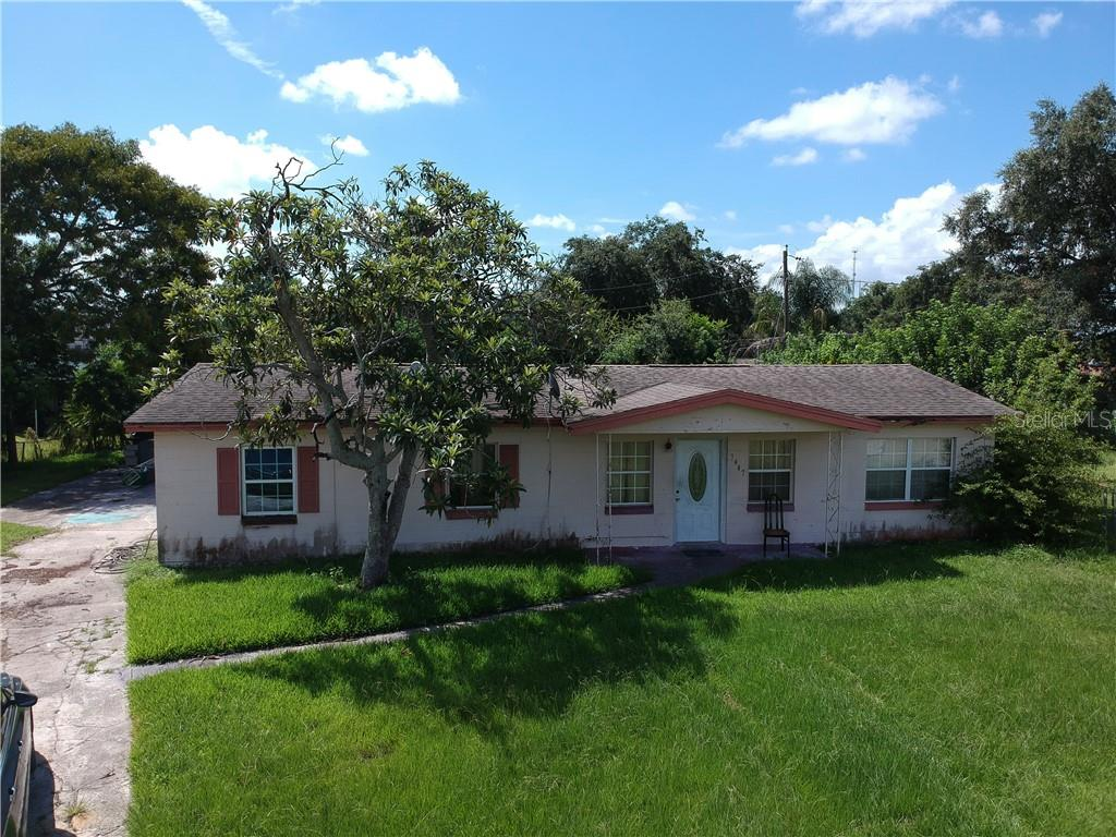 7407 Cassino Avenue Property Photo