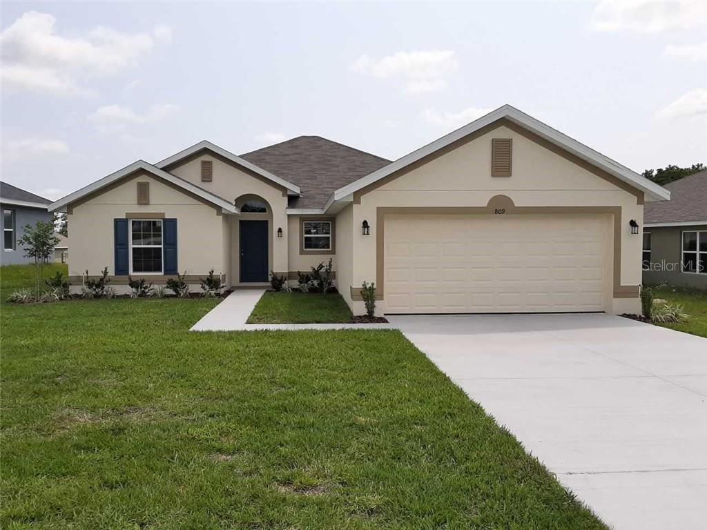 809 CHESTNUT DR Property Photo - FRUITLAND PARK, FL real estate listing
