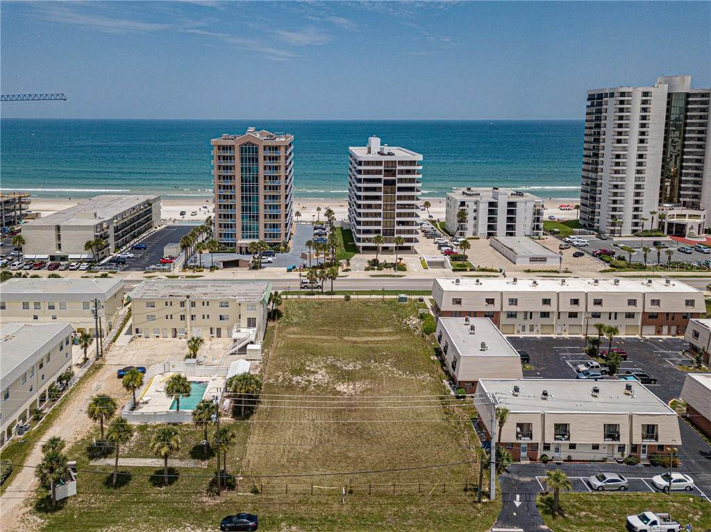 3742 S ATLANTIC AVENUE Property Photo - DAYTONA BEACH SHORES, FL real estate listing