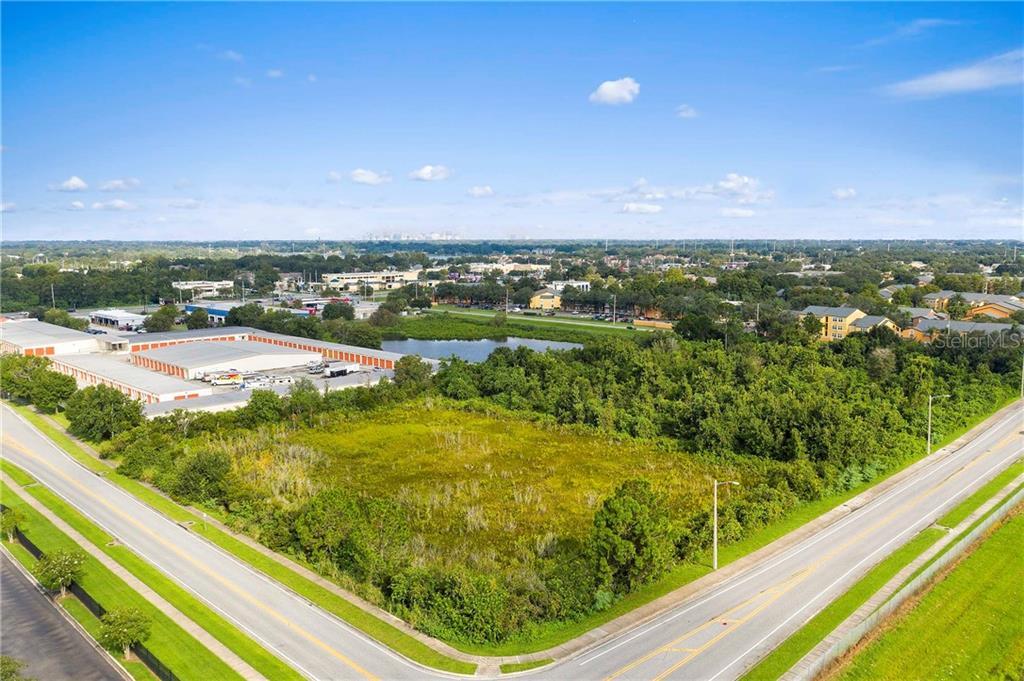 4798 COMMANDER DR Property Photo - ORLANDO, FL real estate listing