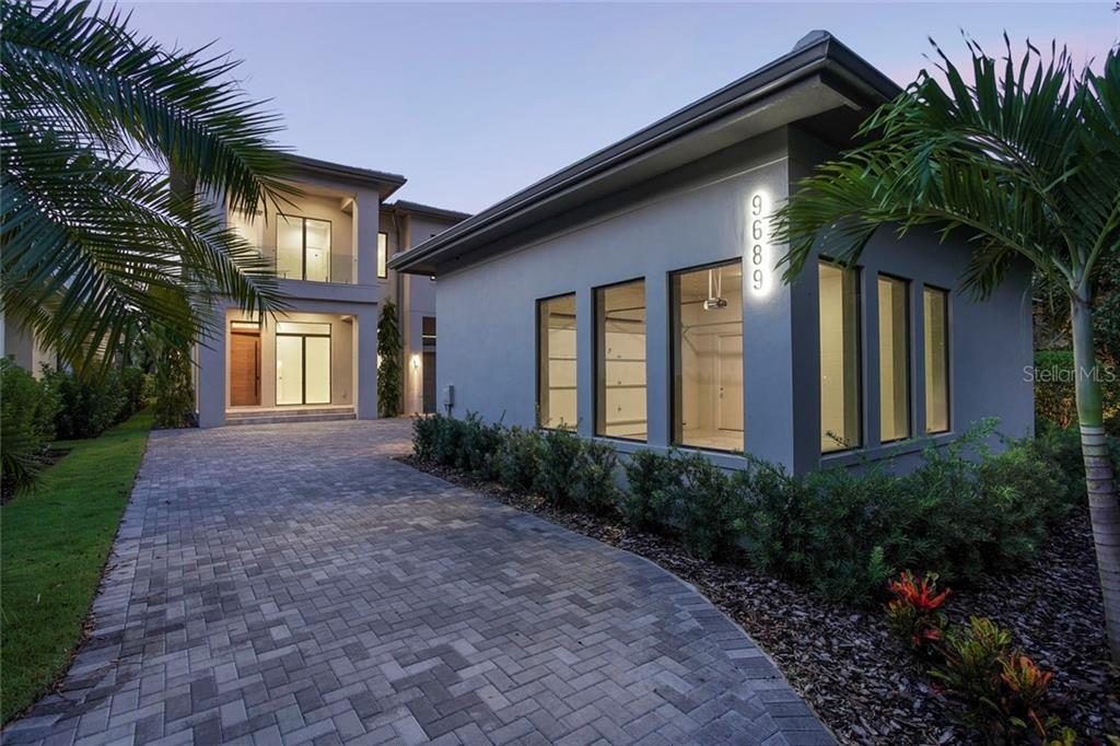 9689 BRYANSTON DRIVE Property Photo - ORLANDO, FL real estate listing