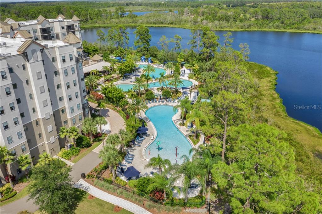 14501 Grove Resort Avenue #1427 Property Photo 1