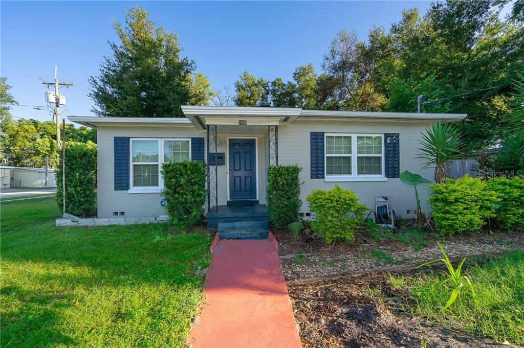 2803 E Pine St Property Photo
