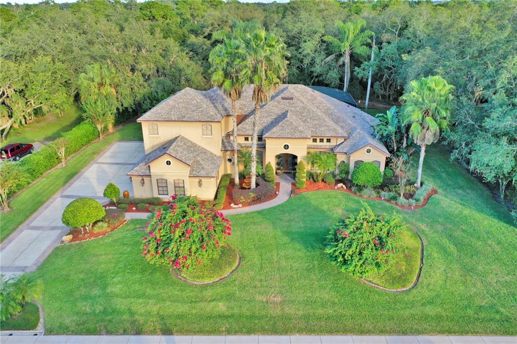 Property Photo - CHULUOTA, FL real estate listing