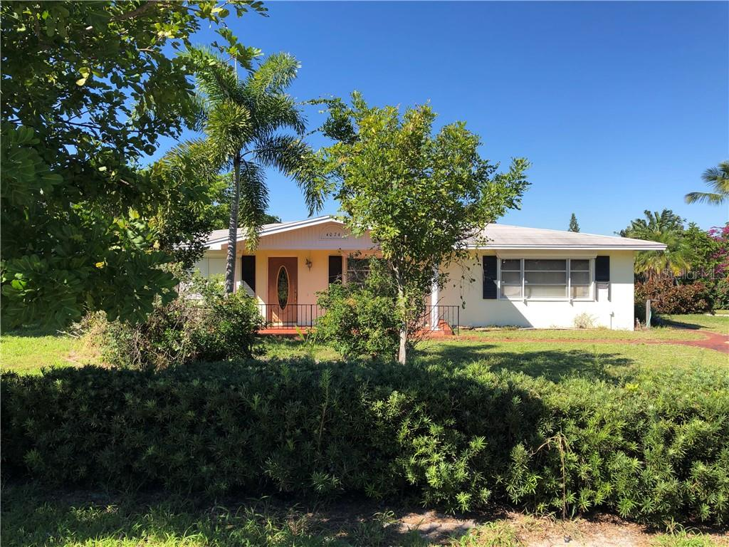 4074 NE SKYLINE DR Property Photo - JENSEN BEACH, FL real estate listing