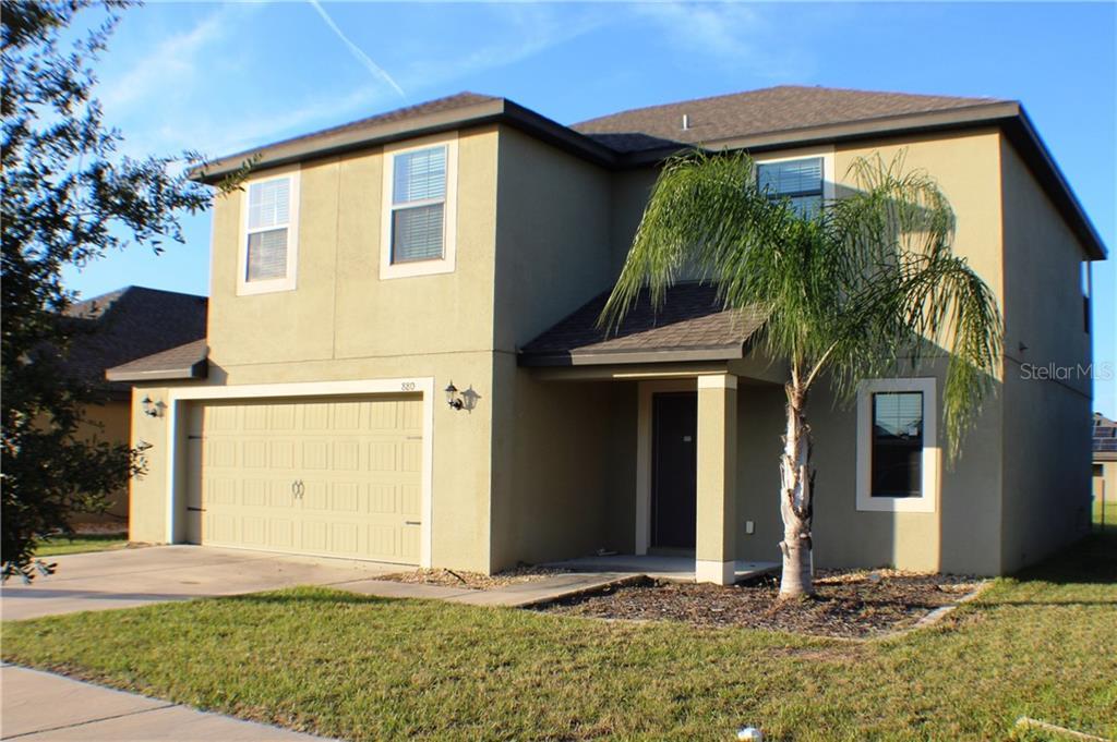 880 Woodlark Dr Property Photo
