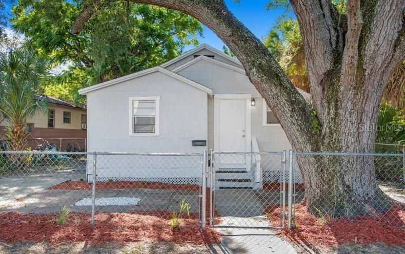 2926 FAIRFIELD AVE S Property Photo