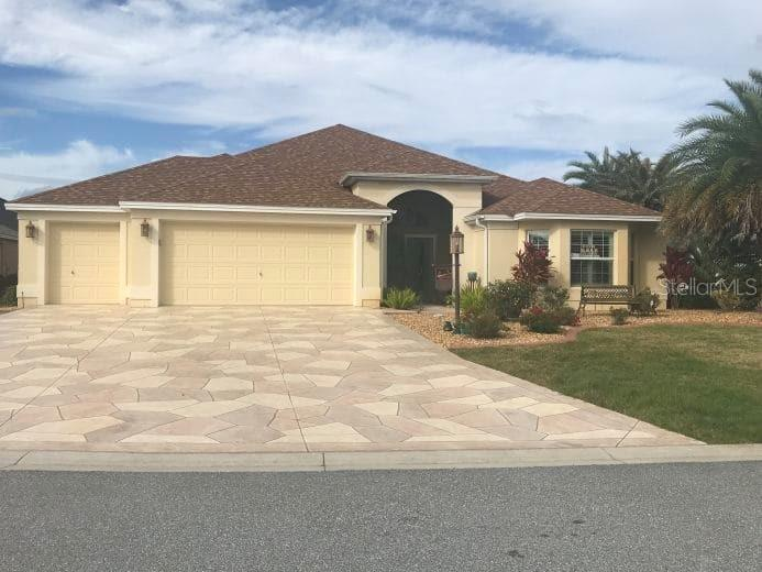 2077 VICKERS PL Property Photo - THE VILLAGES, FL real estate listing