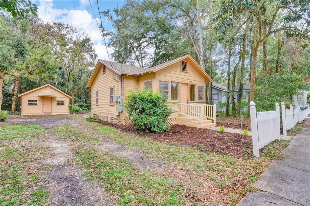 236 E VOORHIS AVENUE Property Photo - DELAND, FL real estate listing
