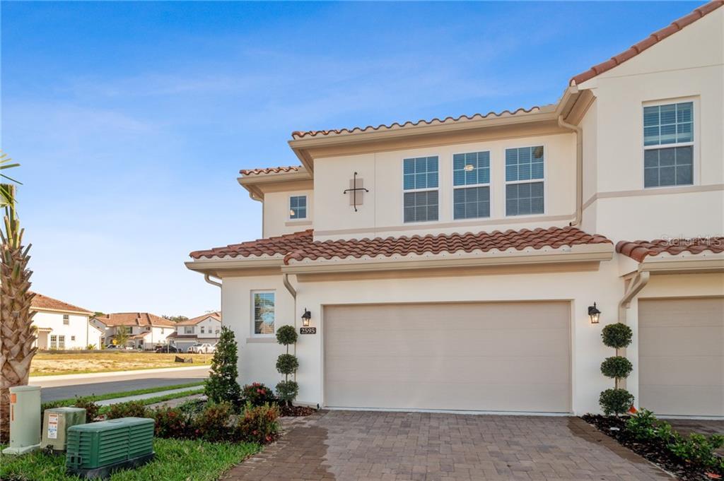 2595 CIRCOLO LN Property Photo - APOPKA, FL real estate listing