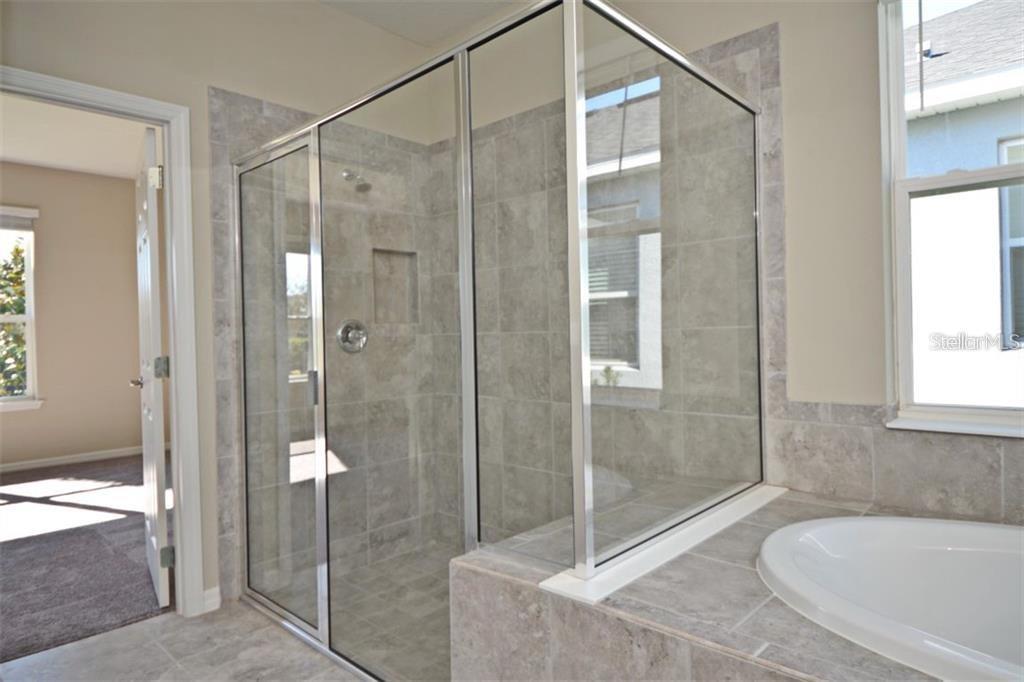 2386 Dammar St Property Photo 23