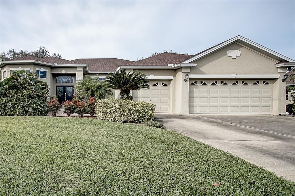 13062 Lakeshore Grove Dr Property Photo
