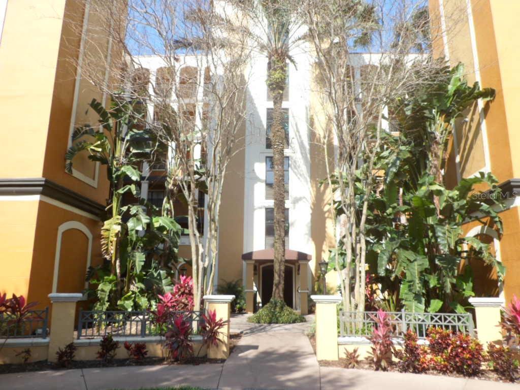 12539 FLORIDAYS RESORT DRIVE #105 Property Photo