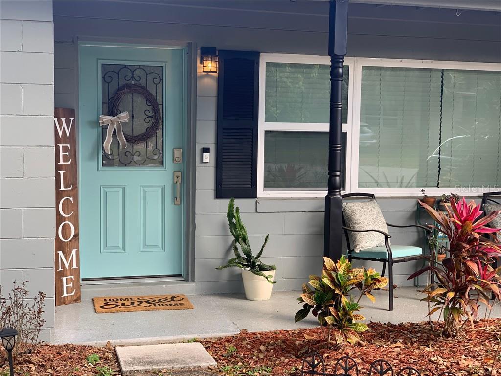 131 E LAUREN COURT Property Photo - FERN PARK, FL real estate listing