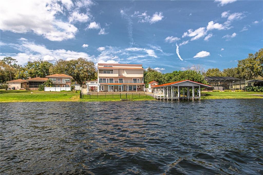 121 N LAKE FLORENCE DR Property Photo - WINTER HAVEN, FL real estate listing