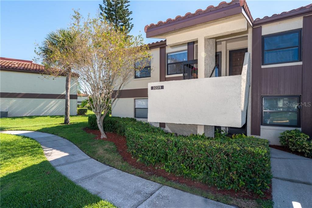 3225 Westridge Boulevard #3225 Property Photo