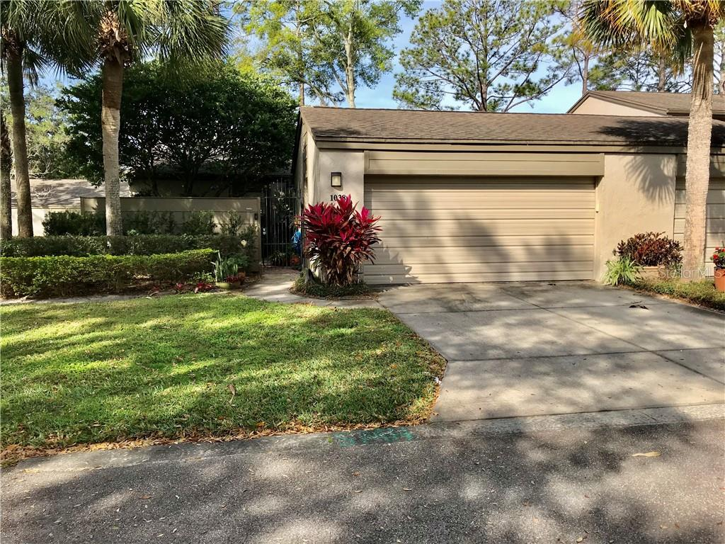 1038 SHERRYWOOD CT Property Photo - FERN PARK, FL real estate listing