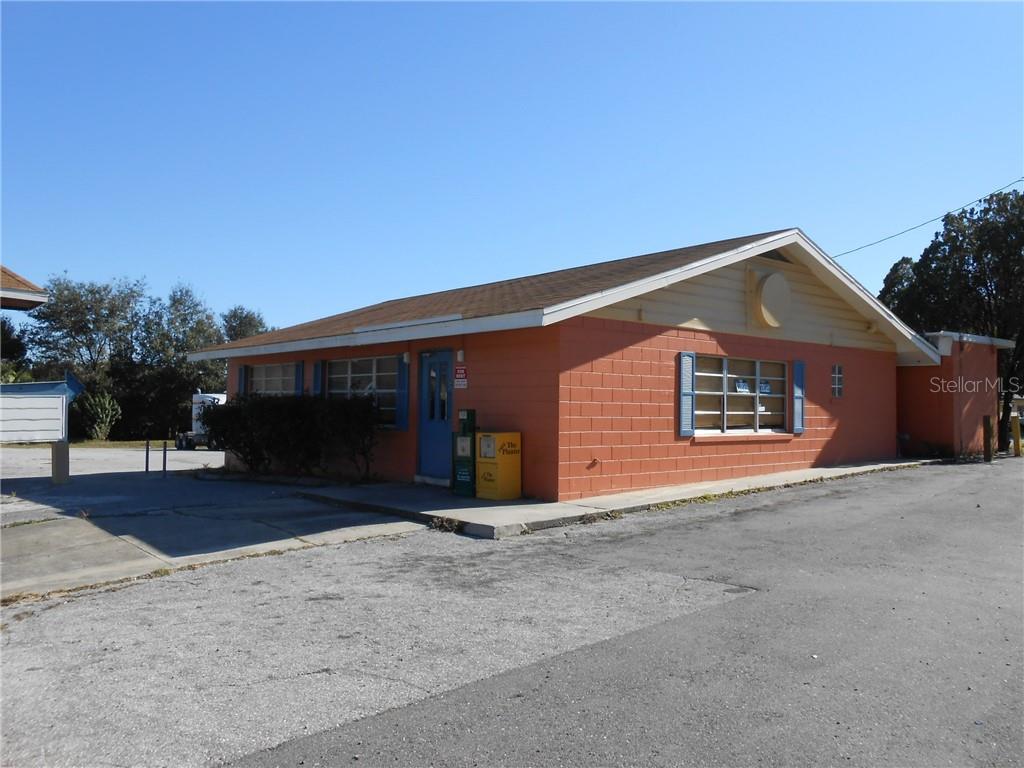 2250 W Orange Blossom Trail Property Photo