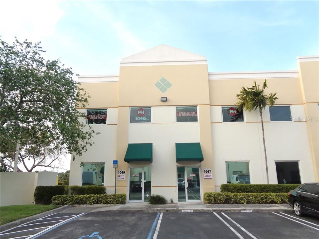 1069 NW 31ST AVE Property Photo - POMPANO BEACH, FL real estate listing