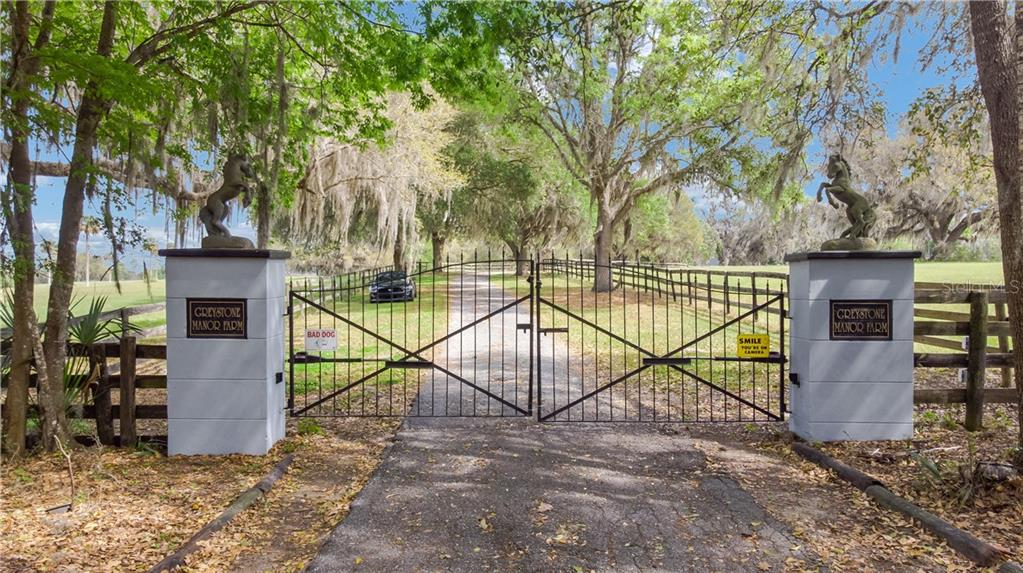 17353 NW HIGHWAY 225 Property Photo - REDDICK, FL real estate listing